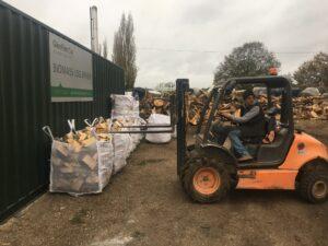 Surrey Log Delivery Kiln Dried Logs